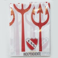 INDEPENDIENTE MANTEL